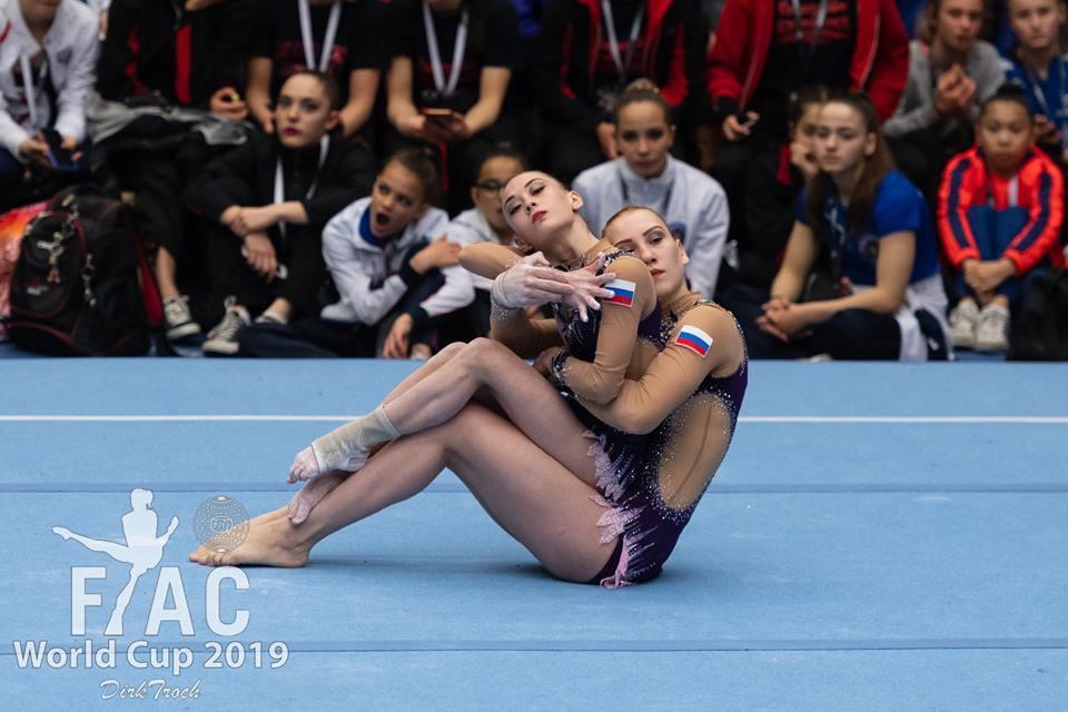 Вернулись с наградами: студентка НГПУ Алия Салахова стала призером Чемпионата России по спортивной акробатике